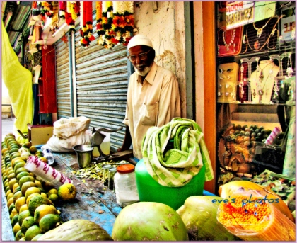 fruit and veg. trader - Puttaparthi, India.